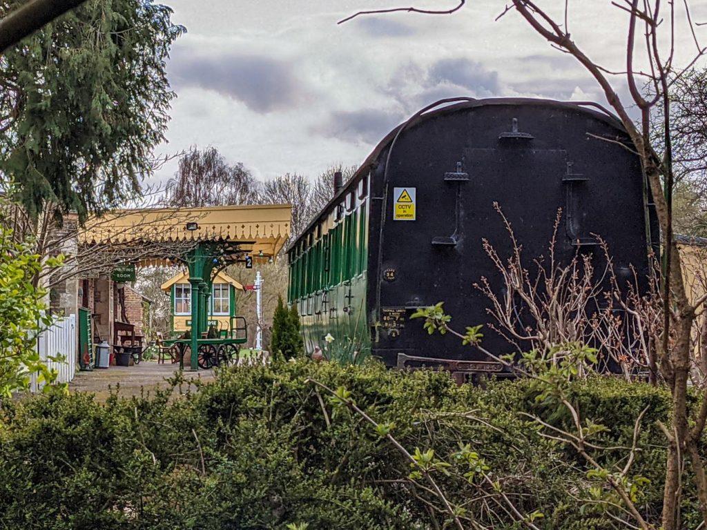 Carriage at Horsebridge Station