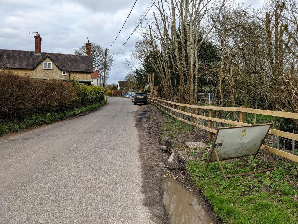 Roadside parking in Houghton
